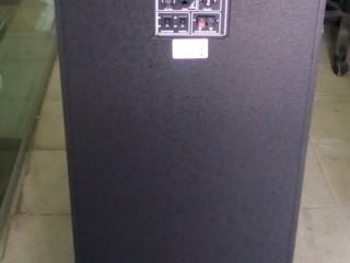 Baffle AVCROWNS CH-6220; Tout  en 1 (bluetooth, port carte mémoire, port USB,radio) + 1 micro baladeur offert.(Neuf).