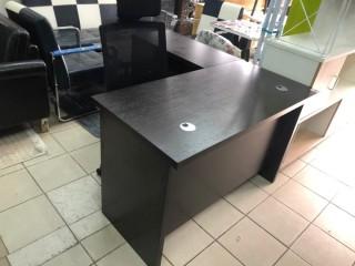 SPECIALE PROMO!! Table Bureau Avec Retour; Très Bonne Qualité De La Matière,Confortable Et Durable. Neuve.