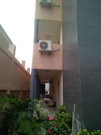 appartements-de-luxe-a-a-la-rivera-4-vers-lambassade-de-chine-big-3