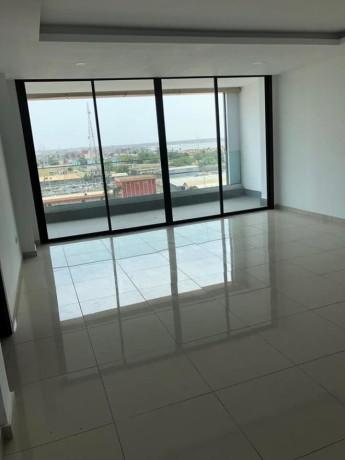 appartements-de-luxe-a-a-la-rivera-4-vers-lambassade-de-chine-big-0