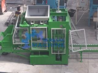Machinede fabrication de brique