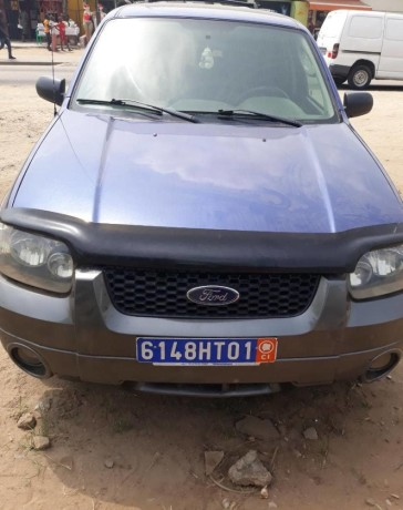 ford-escape-2005-automatique-big-4