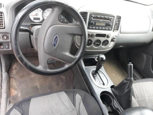 ford-escape-2005-automatique-big-2