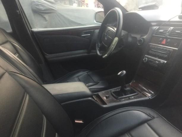 mercedes-e220-croco-essence-manuelle-big-1