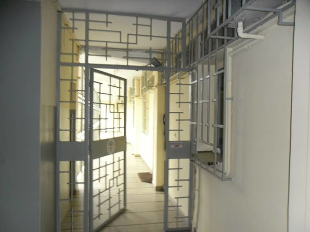 abidjan-plateau-vente-un-immeuble-r5-big-0