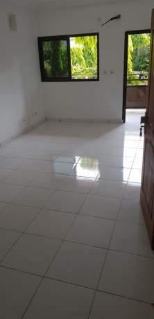 location-appartement-3-pieces-95-m2-riviera-palmeraie-ephrata-big-2