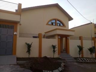 Villa en duplex à louer