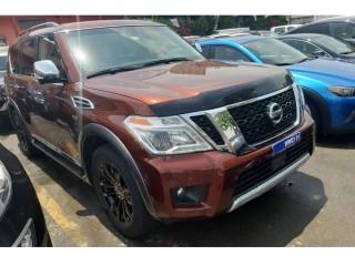 Nissan ARMADA PLATINUM V8
