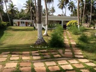 Assinie assoindé vente villa 4pièces avec des indépendants