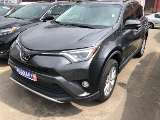 Toyota RAV4 année 2015