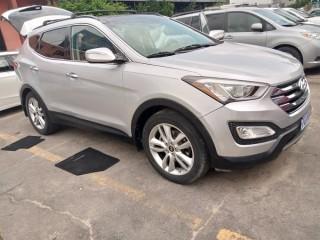 Hyundai Santa FE Sport full option