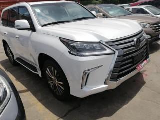Lexus LX570 année 2019