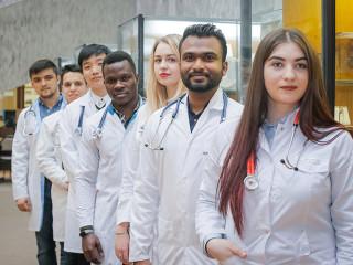 Médecins généralistes, pharmaciens et Infirmiers d'état